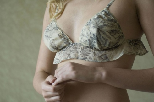 Amelie Single-Frill Bra